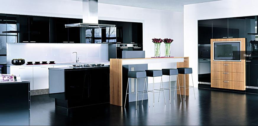 Phòng bếp màu đen mạnh mẽ