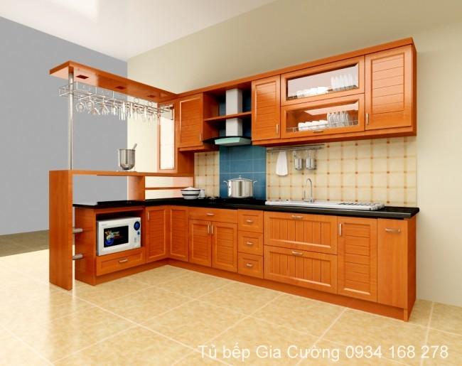Tủ bếp gỗ xoan đào tự nhiên sơn màu pu vàng
