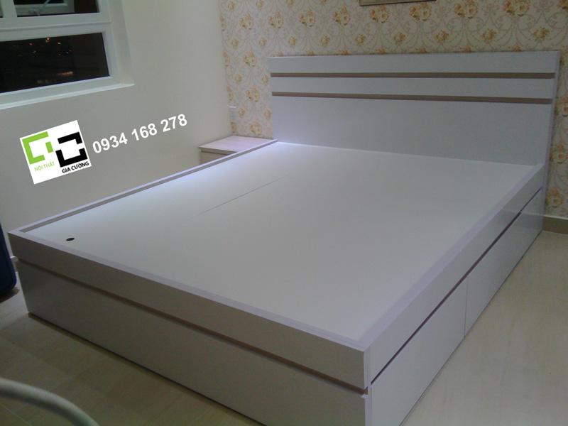 Mẫu giường ngủ 11