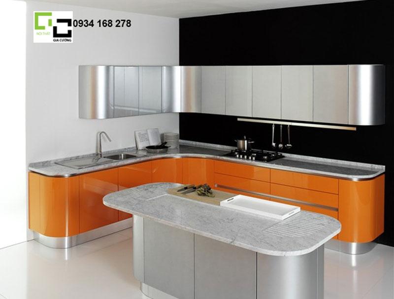 tủ bếp laminate màu kim loại hiện đại